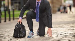 Suit-and-running-trainers-3